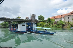 Floating Restaurant at Loboc River