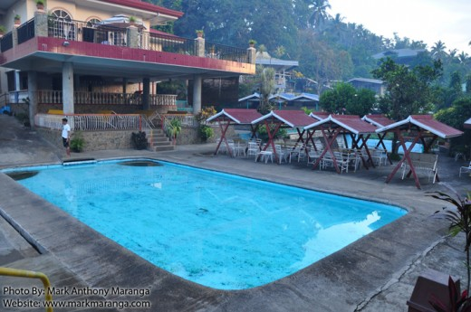 Dela Mar Swimming Pool and Cottages