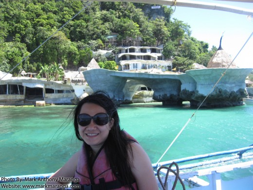 Lisa passing by 'Pacquiao's resort'