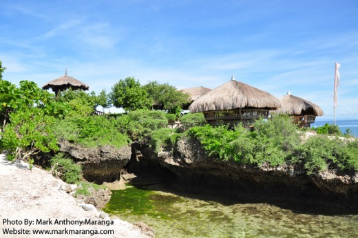 Huts on the Coral Islet