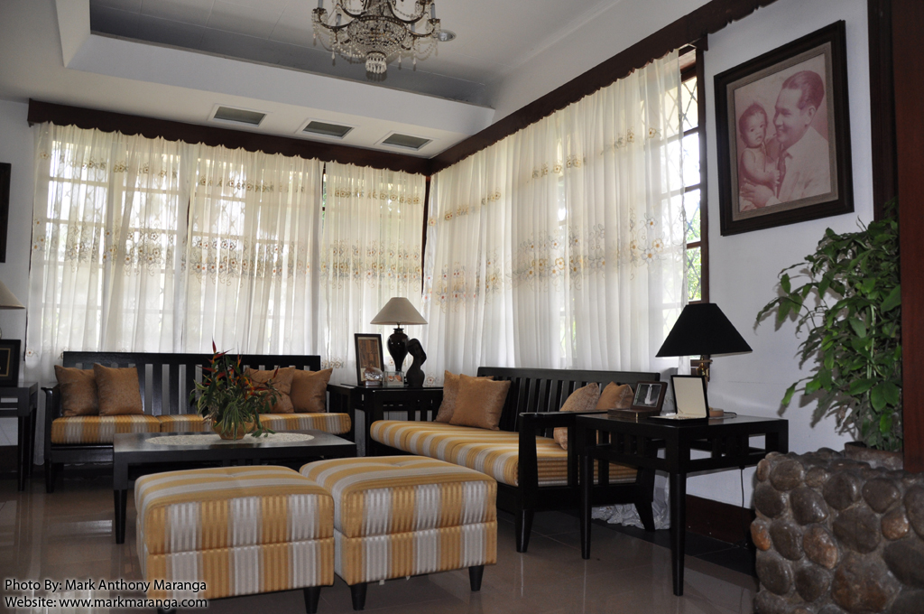 Macaraeg macapagal ancestral house philippines tour guide - Small space living room designs philippines ...