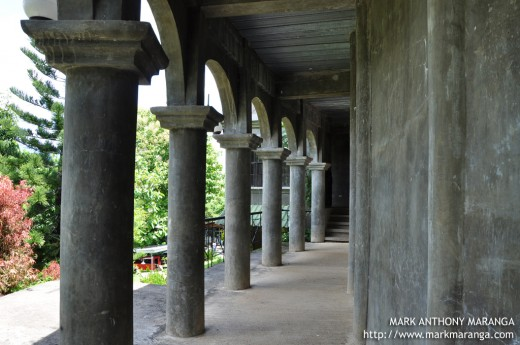 Series of Pillars