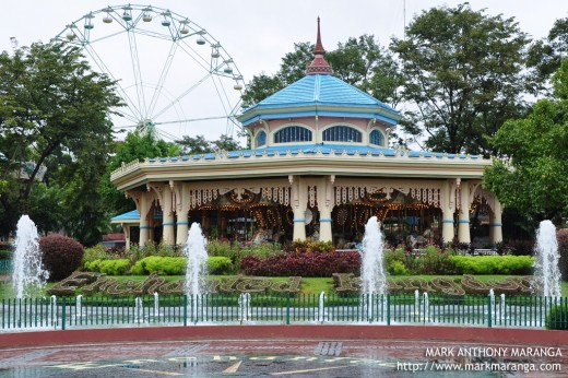 Enchanted Kingdom's Fountain and Grand Carousel