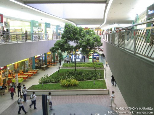 Landscape inside the Mall