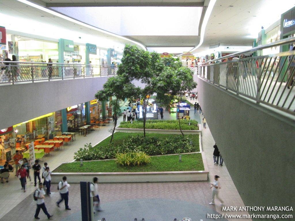 SM Mall Of Asia The 3rd Largest Shopping Mall In The