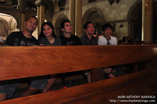 Mark, Lisa, Jim2x, Bouying, RC at Manila Cathedral