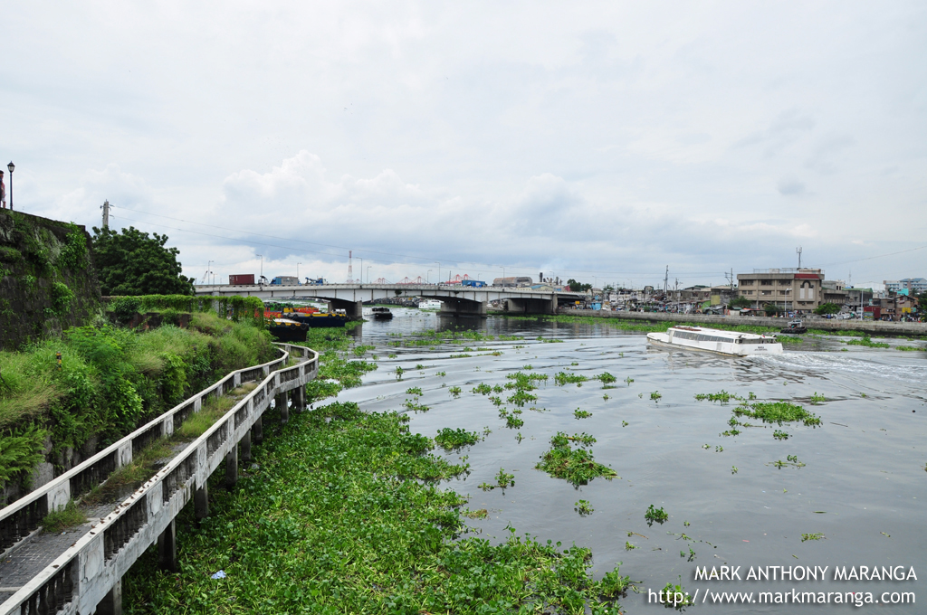pasig river The two bridges across pasig river that will be fully funded by china broke  ground on tuesday, with president rodrigo duterte and chinese.