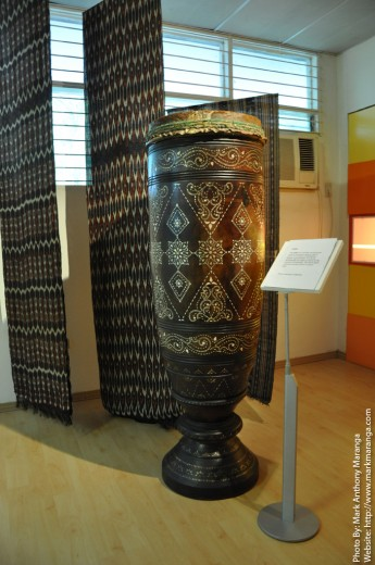 Tabo - wooden carved drum