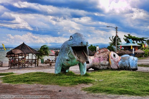 Animal Statues & Cottages