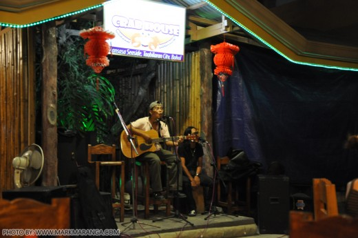 Acoustic Performers