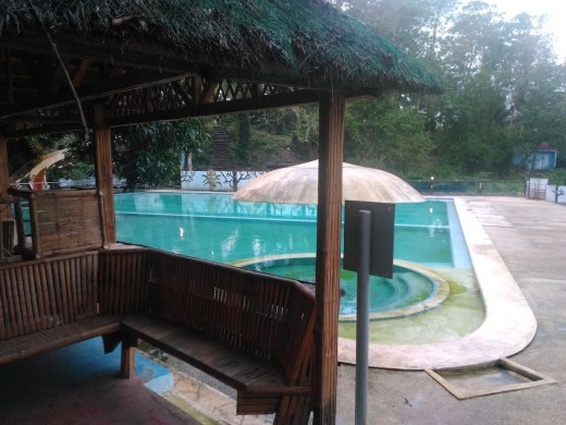 Cambuhawe Spring Swimming Pool with Cottages and Slide