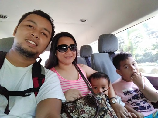 On the Way to Sta. Lourdes Wharf with the Family
