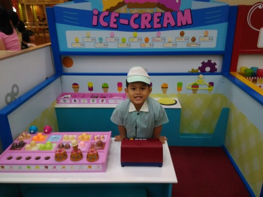 Stephen as Ice Cream Vendor in Kidzoona
