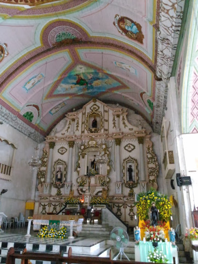 The Altar of San Guillermo de Aquitania Church